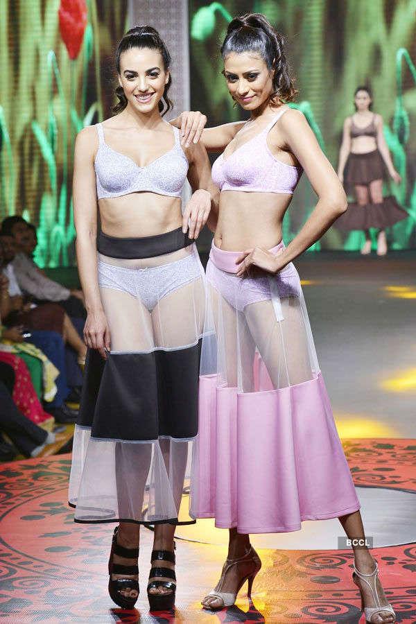 Triumph lingerie fashion show '16