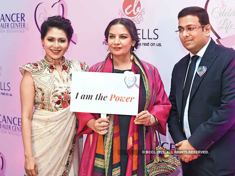 Celebs felicitate real-life heroes