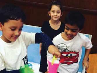 Sanjay Dutt, Ajay Devgn's kids play together!