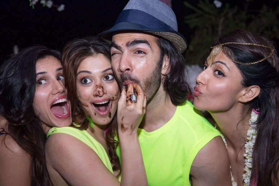 Sonnalli Seygall, Raai Laxmi, Karan V Grover and Poppy Jabbal pose for a photo