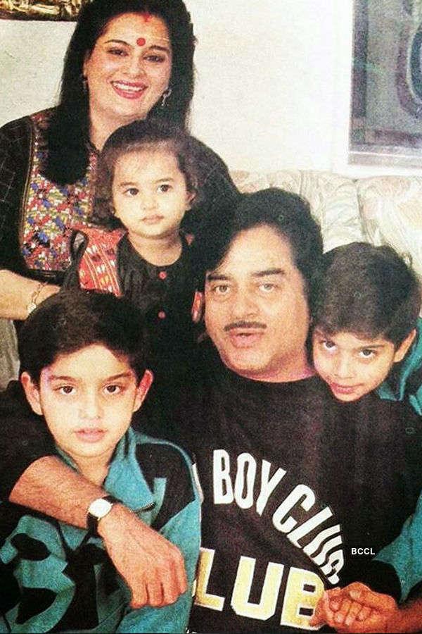 Shatrughan Sinha's family photo