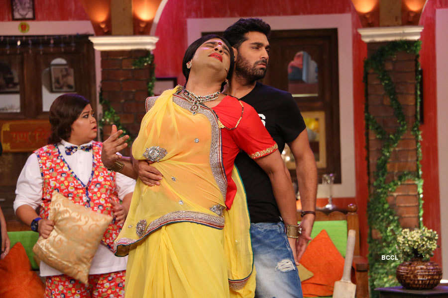 Comedy Nights Live: On the sets