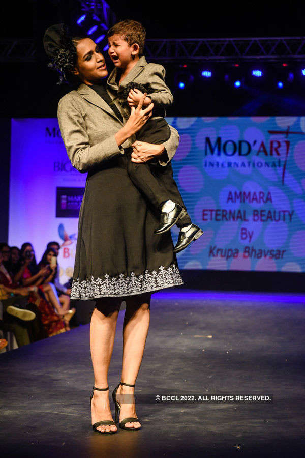 Celebs at Mod'Art Fashion Show