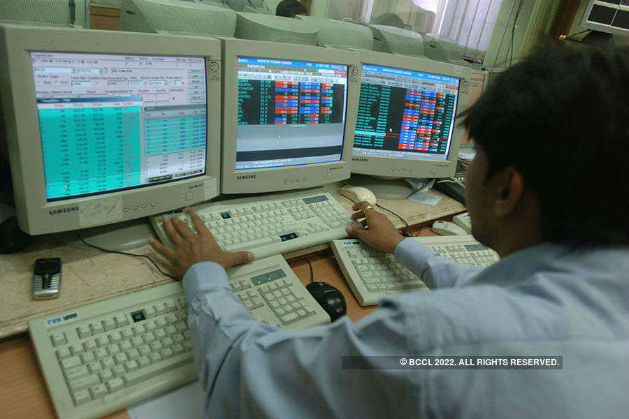 Sensex bounces 99 points, Nifty above 7,800