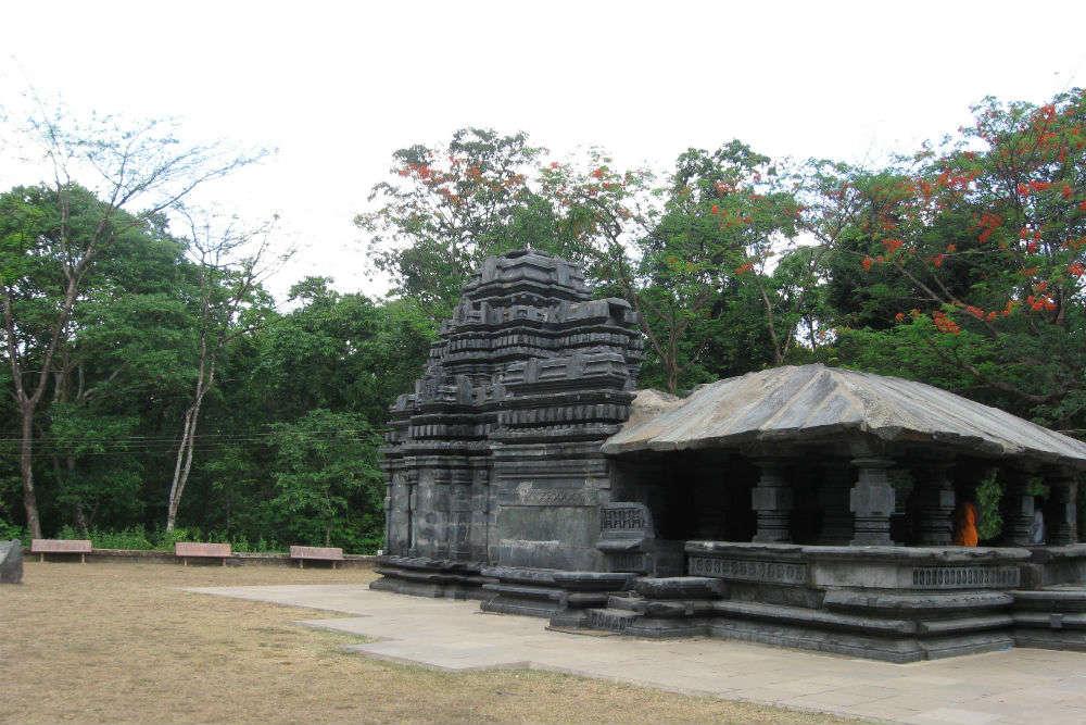 Mahadev Temple, Tambdi Surla, Ponda