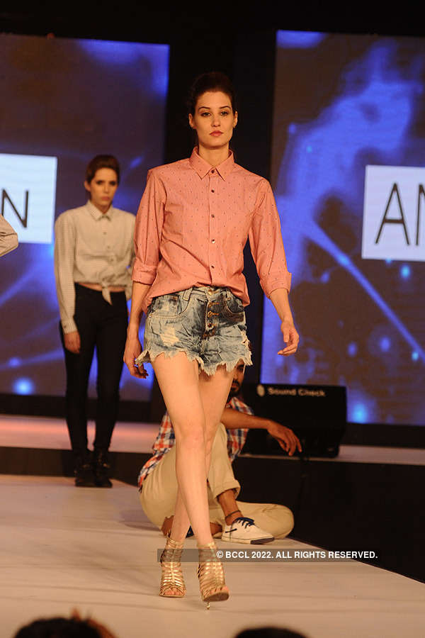 Anams fashion show