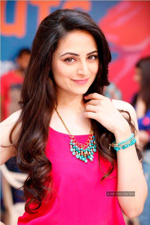In Pics : Exclusive stills from movie Sweetie Desai Weds NRI
