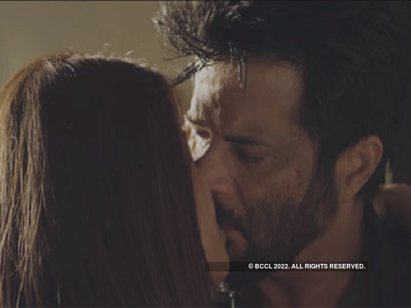Anil Kapoor and Surveen Chawla will be seen locking-lips