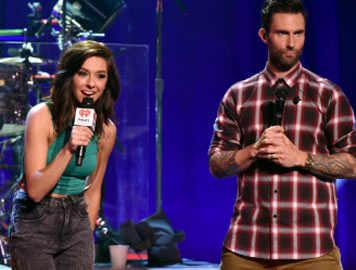 Adam Levine offers to pay for Christina Grimmie's funeral<o:p></o:p>