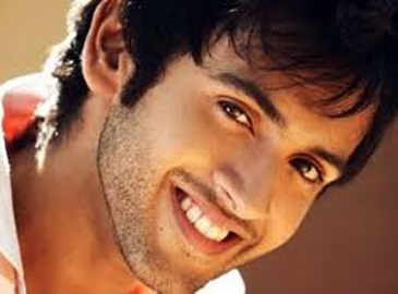 Check out: Mishkat Verma's moves at sister Mihika's wedding