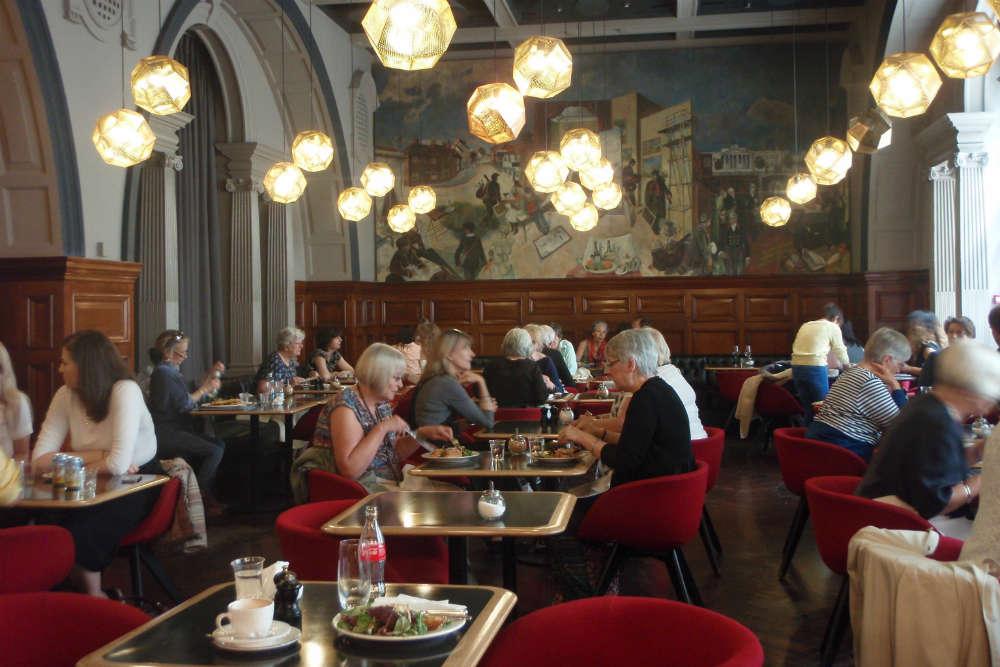 The RA Grand Café