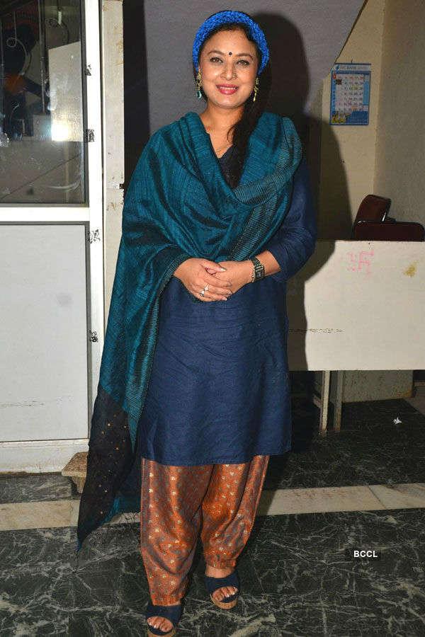 Celebs @ Satish Kaushik's play