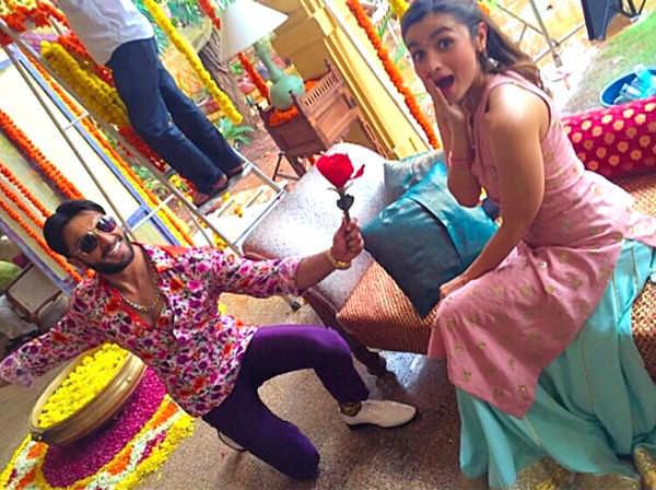 Ranveer Singh goes down on his knees