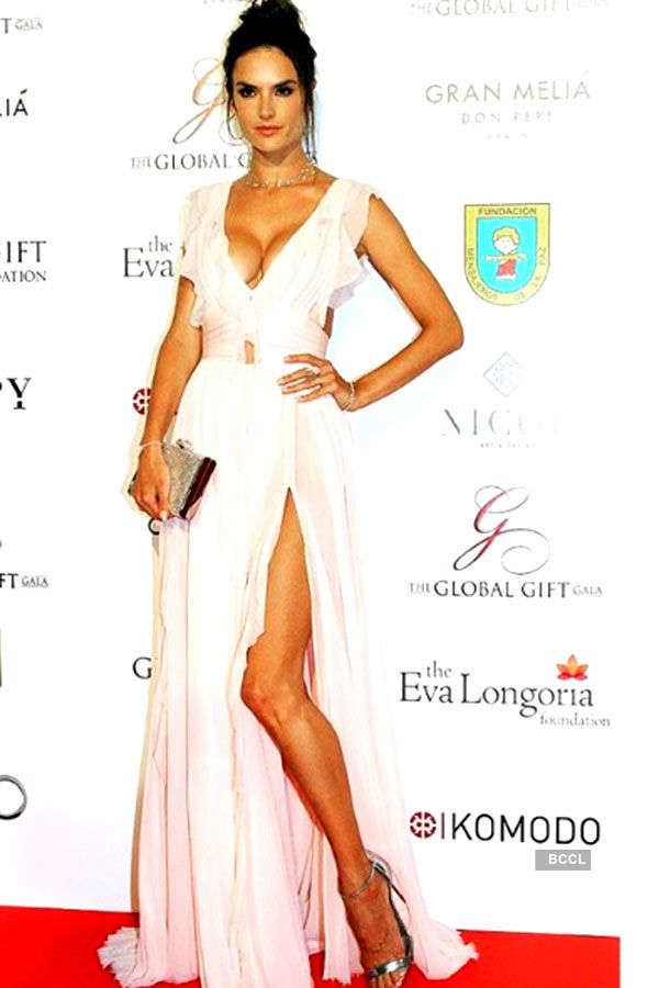 Divas in thigh-high slit gowns