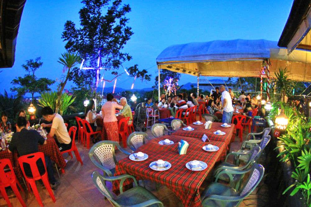 Pak Nam Seafood Restaurant