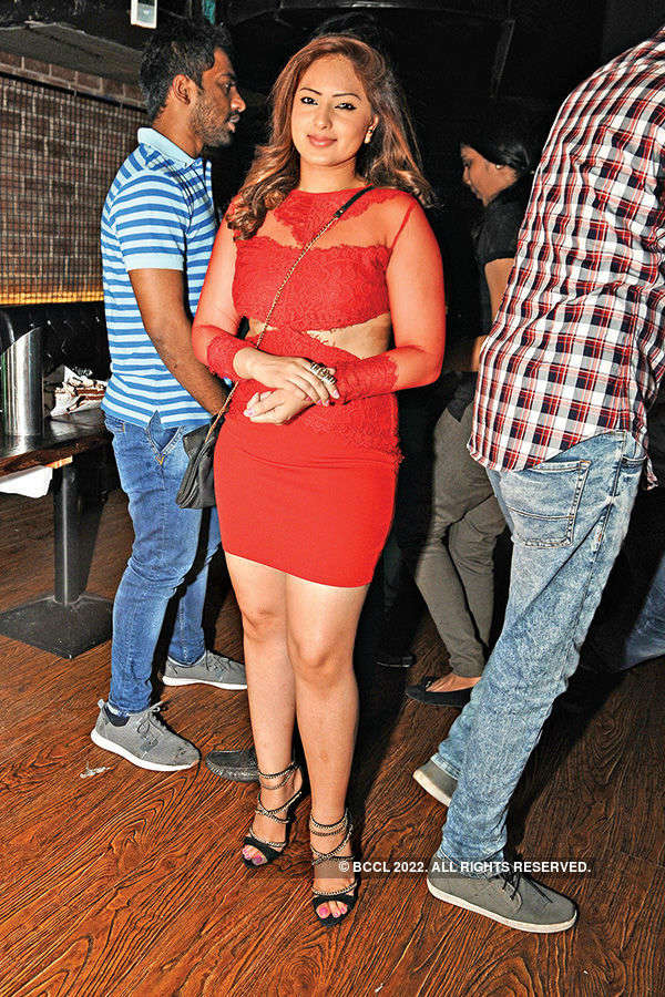 Nikesha attends a party