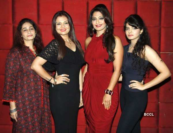Surprise party for Aartii Naagpal on winning DSPA