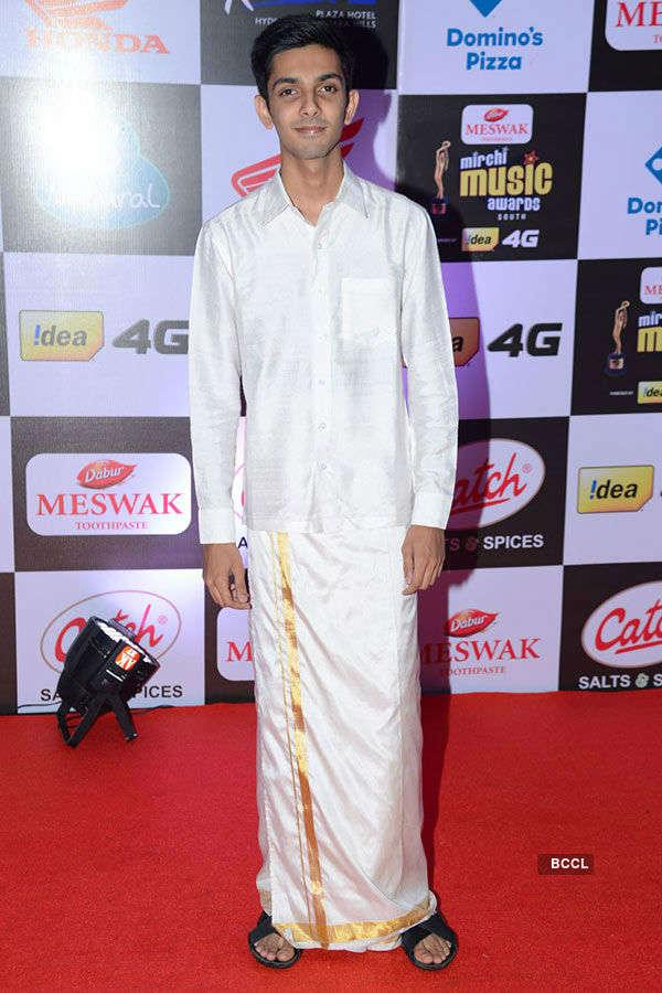 Mirchi Awards '16 (South) – Red Carpet