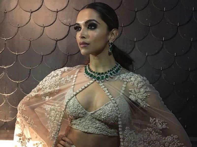Deepika Chudai Padukon Hd