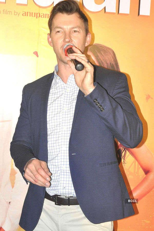 Brett Lee promotes UNindian