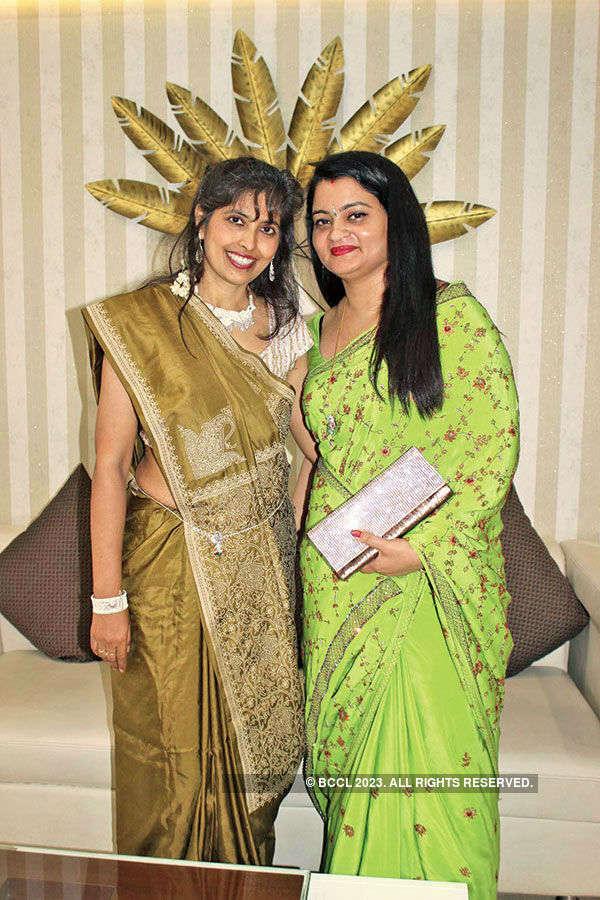 Sawan theme party in Banaras