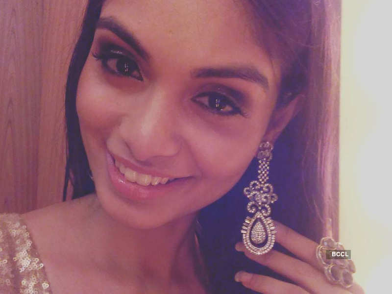 Beauty queens and their love for accessories