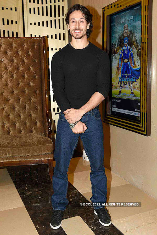 A Flying Jatt: Premiere