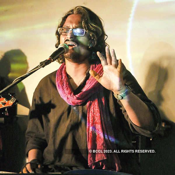 Band Fakira's live performance