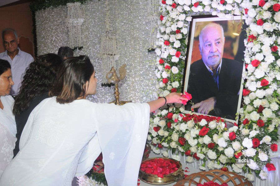 Krushna's father's prayers meet