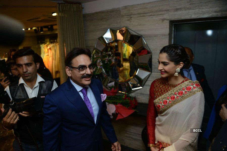 IBFW wedding store: Launch