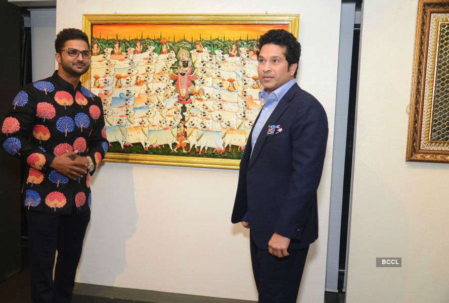 Sachin Tendulkar inaugurates Art of the Royals exhibition