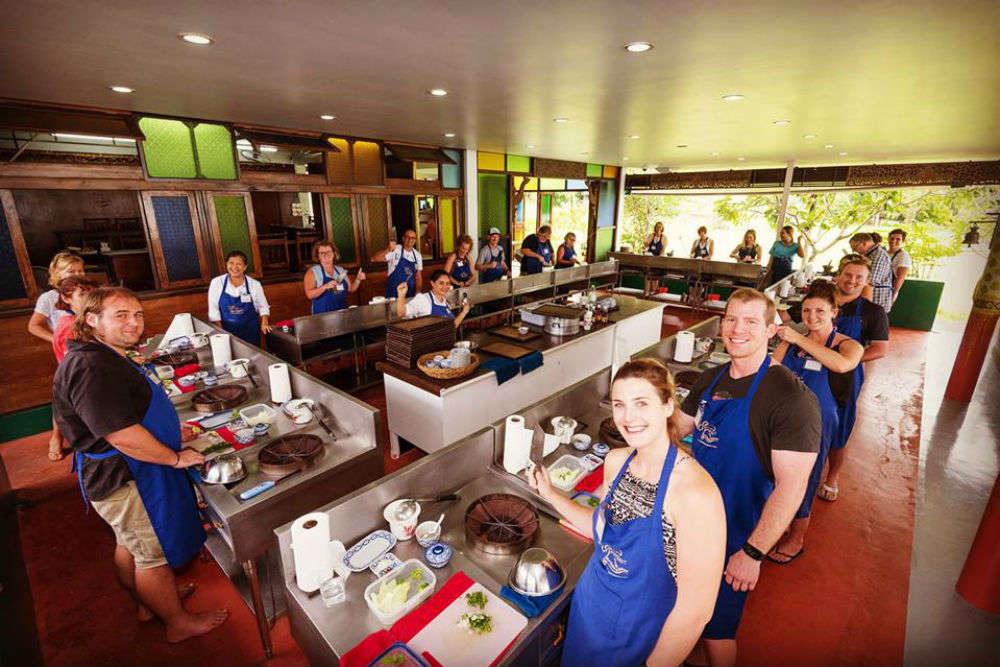 Take a Thai cooking class