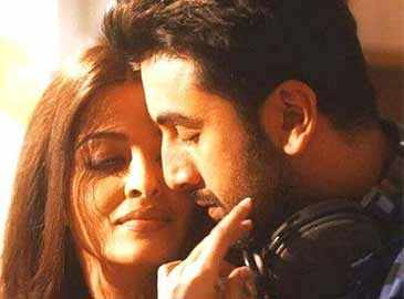 Aishwarya asked KJo to make her scenes with Ranbir 'steamy and bold'
