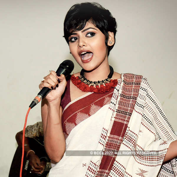 Byomkesh O Chiriyakhana: Premiere