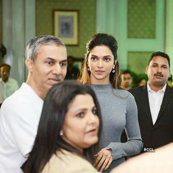 Deepika @ awareness campaign