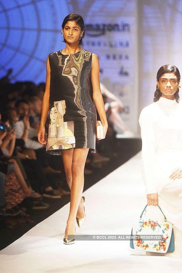 AIFW SS '17: Day 1: Italian Fashion Show