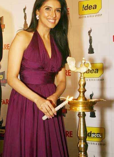 Asin @ announcement of Filmfare