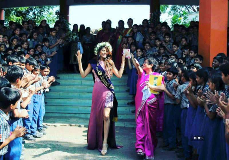 In Pics : Lopamudra Raut's felicitation