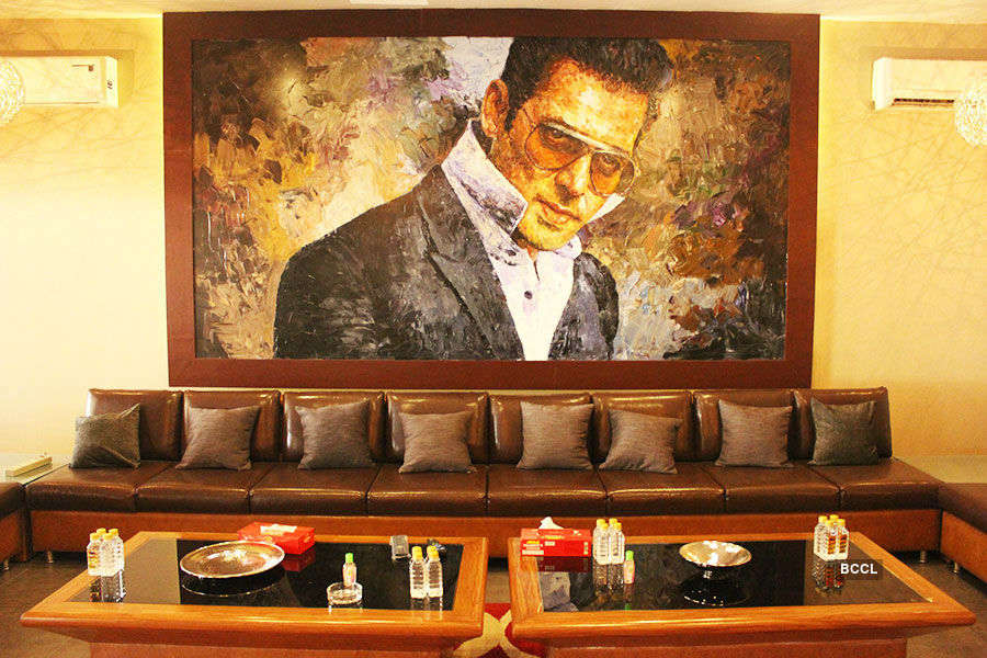 Big Boss 10: Salman Khan's house