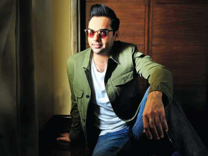 Abhay Deol trolled for not taking government seriously