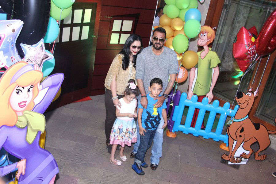 Sanjay Dutt celebrates his son's birthday
