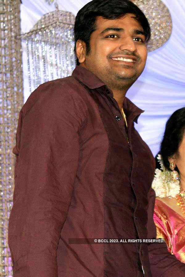 Stars at Amresh & Keerthi's reception