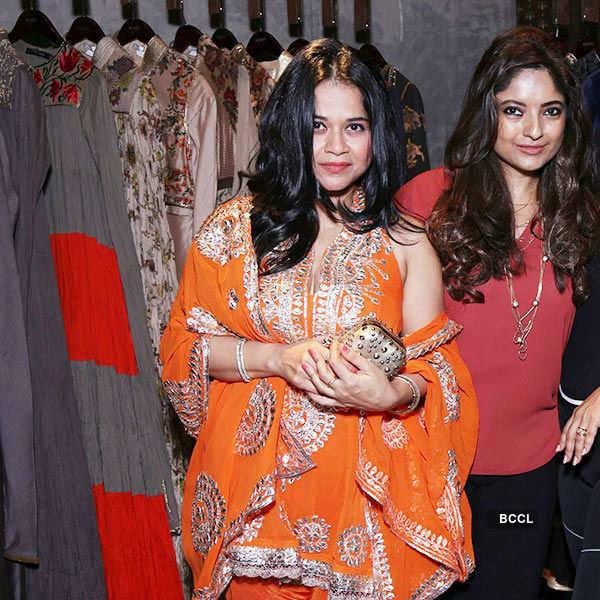 Kiara unveils Rohit Bal Crystal