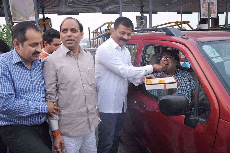 Noida Toll Bridge Co moves SC