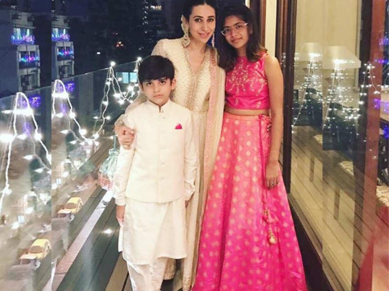 Karisma Kapoor strikes a picture perfect pose with kids Samaira ...