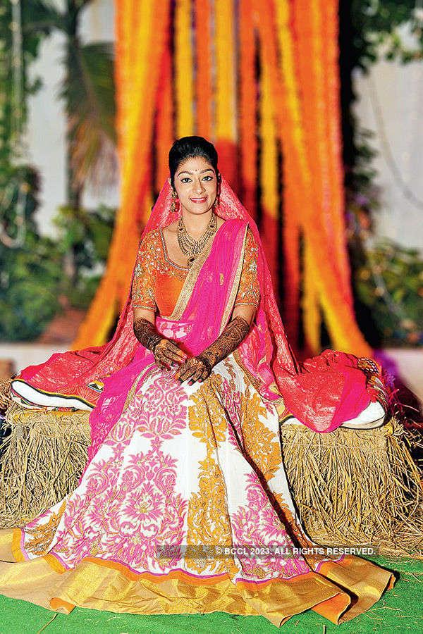 Shloka Madhu's mehendi ceremony