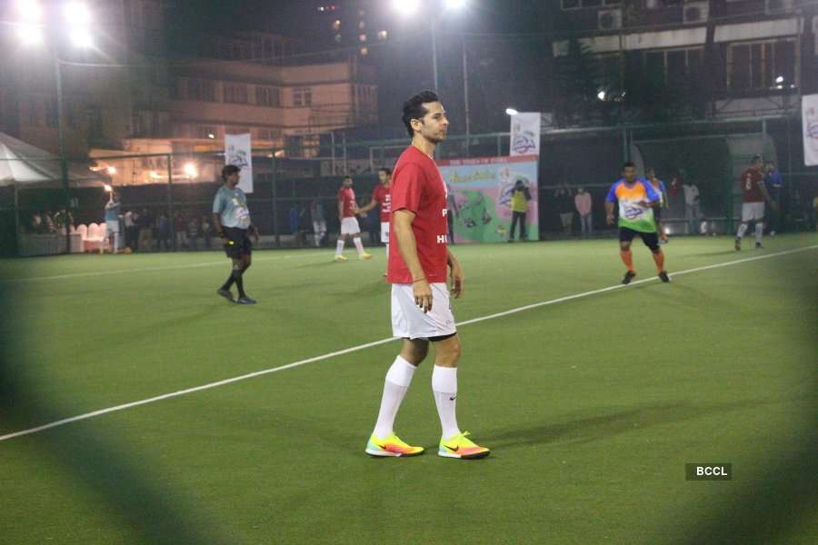 Celebs play football match for charity
