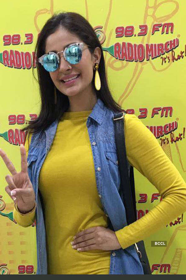 Alankrita Sahai promotes her new album with Himesh Reshammiya