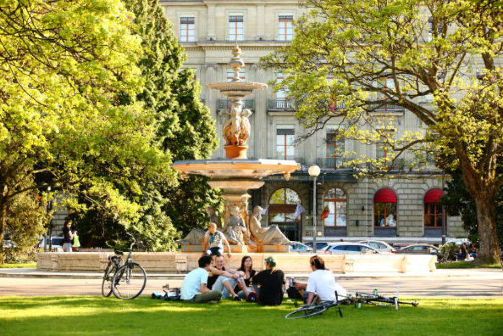 Jardin Anglais Geneva Times Of India Travel