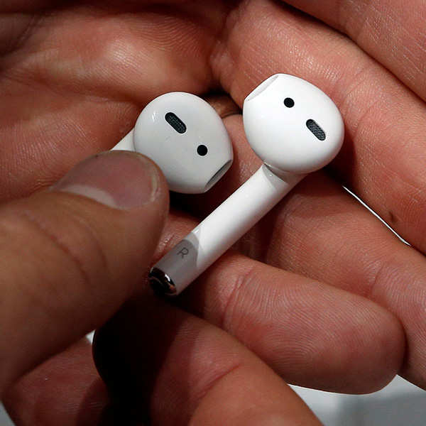Apple sales see huge jump in India